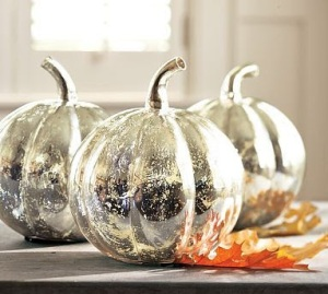 easy-diy-craetive-mercury-spray-paint-pumpkin-mirror-finish-center-piece-stylish-decoration